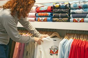 Verkauf Kleidung