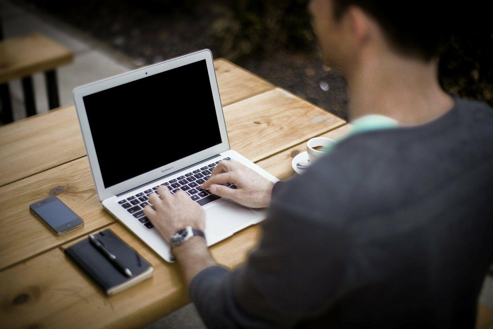 Mann Laptop